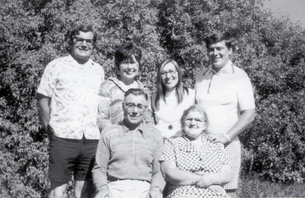 Walter, Rose, Helen, Peter; Dmytro and Dora Year: 1974 Place Name: Hafford Taken at family farm