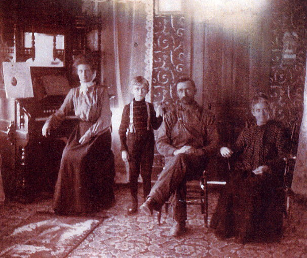 Callaway Family 1907 Indiana, Loral Pearl, James Edward,James Corydon, Lizzie Sheets
