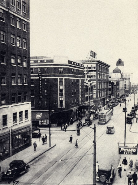 Hotel Champlain Year: c. 1930 Place Name: Regina, SK Located at the corner of 11th Avenue and Rose Street, the Hotel Champlain was built in 1926. It later became the Drake Hotel and then a Holiday Inn Express hotel.
