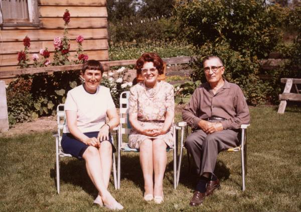 Theordore, Ann, and Sylvia Fedoruk. Year: 1968 July 1968 shortly after Ann had completed her first session of chemotherapy at the Cancer Centre.