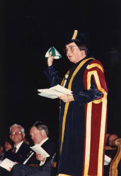 First convocation as Chancellor Year: 1986 Chancellor Fedoruk presiding at her first convocation on Oct 25, 1986 and showing the graduates the beanie that she was obliged to wear during her first week at the U of S in 1946.