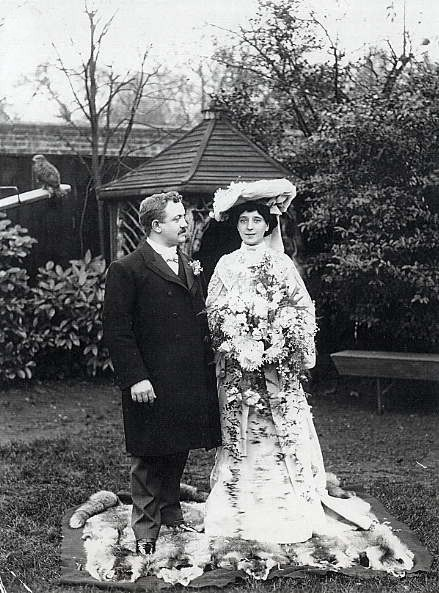 Raymond and Ada (Smith) Hazle Year: 1902 Place Name: London, England Wedding picture