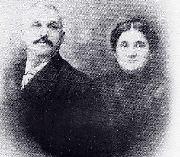 Moise and Sophie l'Heureux Year: circa 1910