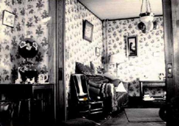 Interior of the MacFarlane House Year: circa 1930 Place Name: Nokomis, SK