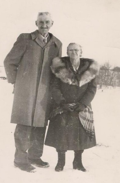 Celebrating 50 years of Marriage Year: 1951 Place Name: Hilldrop, SK Image Source: Ethel Anderson A family supper was held at the home of Stanley and Vera Mason with 67 descendants in attendance.