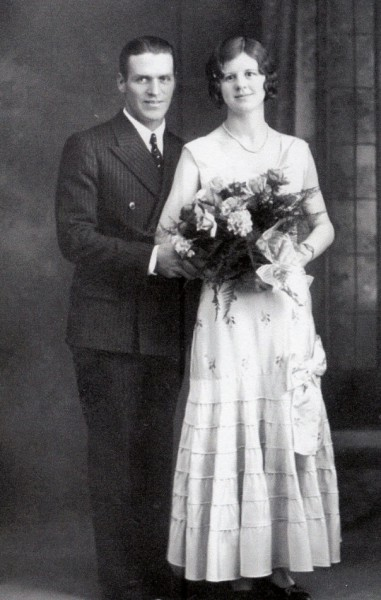 Wedding Photograph, Stafford and Zelda Mickleborough Year: Dec. 12, 1931 Place Name: Saskatoon