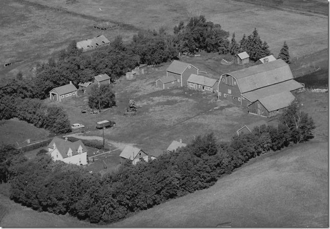 Farm Yard - aerial view Year: 1959 Place Name: 3km NW from Preeceville Image Source: Unknown photographer Homestead fee$10, white farm home(1911),barn(1919,$1124), piggery(1930,field west), resident of Grandson, Brian and Deborah Myhr.