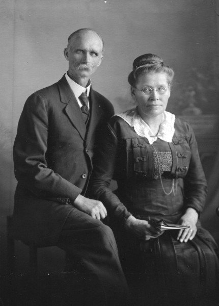 Carl and Marie Norum Year: 1917 Rev. Carl and Marie Norum