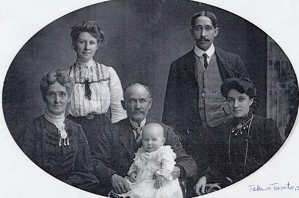 Zillah, Gertrude, Caleb, Harold, Court & Ida Year: 1903 Place Name: Toronto