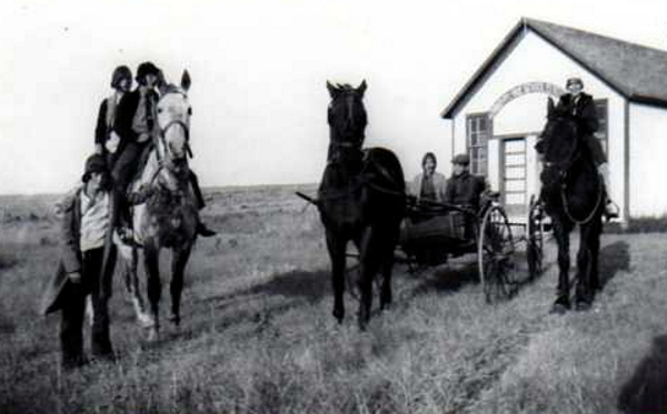 Gander Lake School Year: c. 1912 Gander Lake School was situated northeast of Webb in southwest Saskatchewan, this photo was taken probably about 1912. Ester and Alfreta Shaver were amongst the first students to attend this school.
