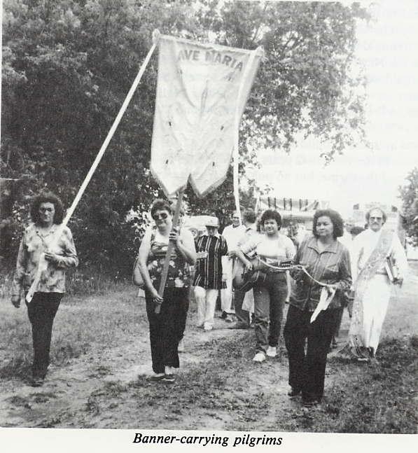 Banner-carrying pilgrims