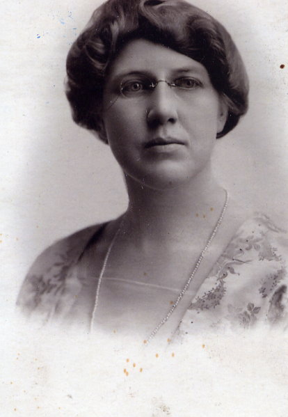 Gladys Nelson, Outlook Town Councillor Year: 1922