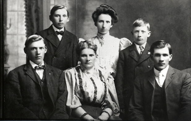 Year: circa 1904 Back Row - Arthur, Marie, Robert Block Front Row - Marinus, Christina Block, Anaeius. My mother's father died at 30 years of age when he fell in the well.