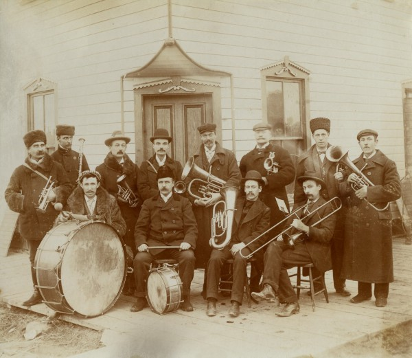 Whitewood Band Year: circa 1895 Place Name: Whitewood Several of the famed French counts are shown in this photo.